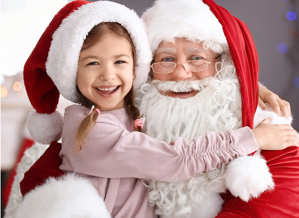 FREE Photos with Santa!